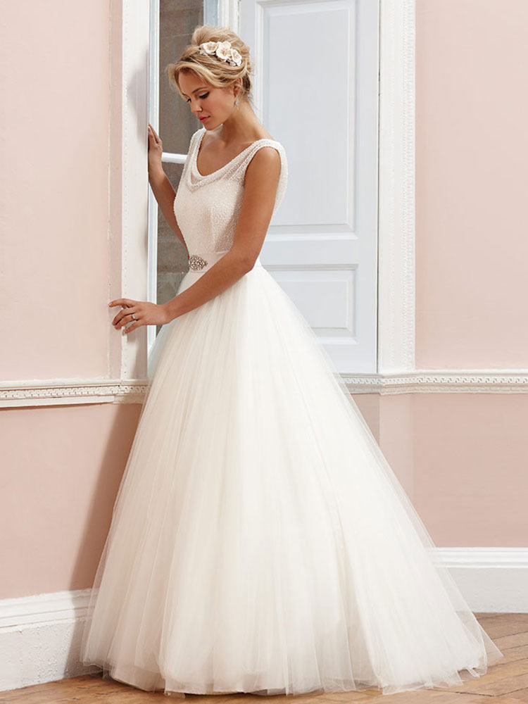 Sassi Holford Wedding Dress Sample Sale
